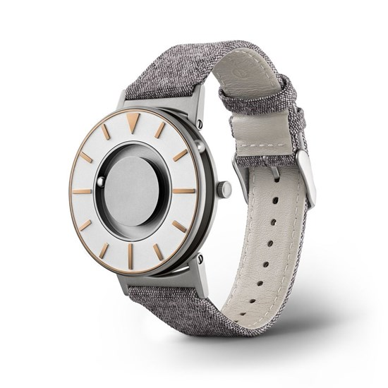 Obrazek Bradley Compass Gold – zegarek na rękę