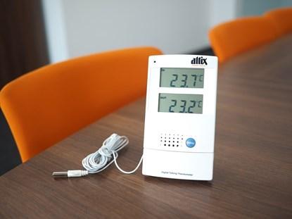 Obrazek Mówiący termometr wewnętrzny/zewnętrzny