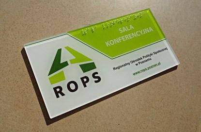 Obrazek Etykiety i tabliczki z napisami brajlowskimi oraz NFC
